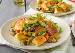 Kopytka z kurczakiem i warzywami