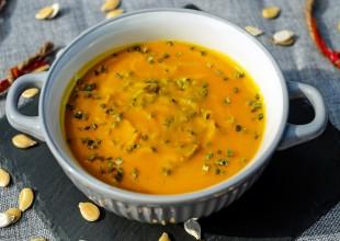 Turecka zupa z dyni i soczewicy