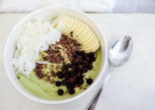 Jogurt owsiano-owocowy z kokosem