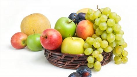 Wino i owoce pomagają w walce z tłuszczem?