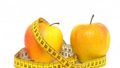 Triki spalające tłuszcz – zmień nawyki w kuchni.