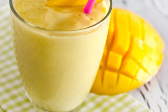 Koktajl mango-kokos