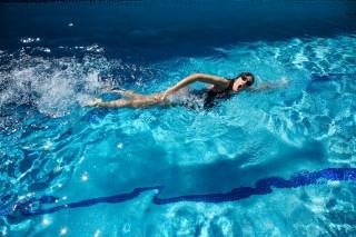 Pływaj, bo warto